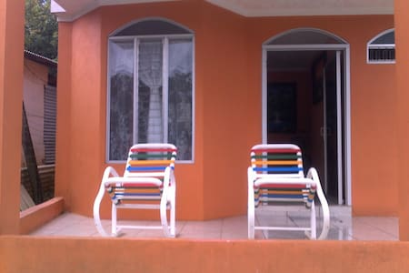 La Managua - Orotina - Dormitório