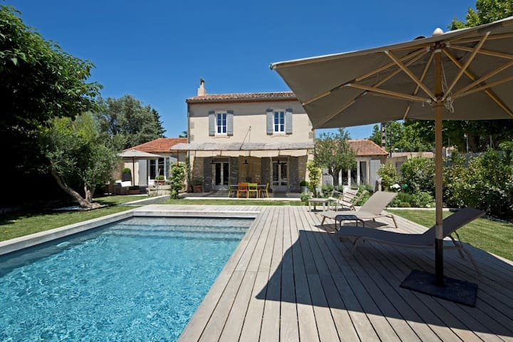 Lovely Family house with Pool - - Saint-Étienne-du-Grès - House