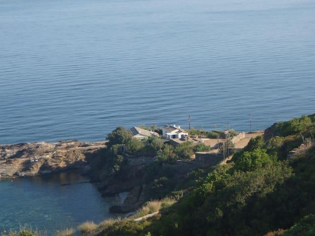 Traditional stress-free beach house - Icaria - Ev