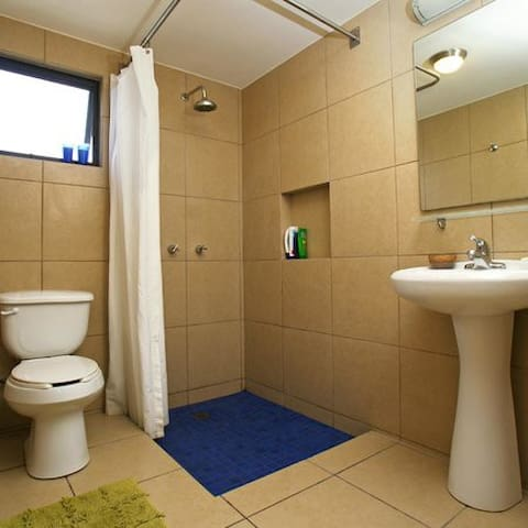 JUNIOR SUITES WITH SHARED BATHROOM