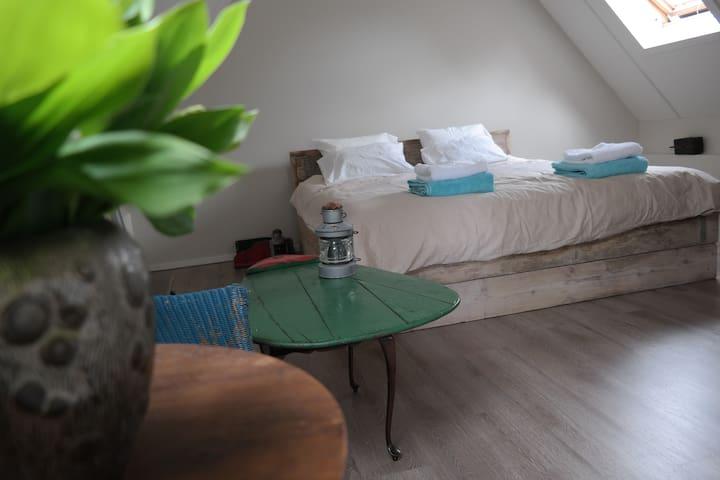 B&B aan de IJssel incl. ontbijt - Veessen - Bed & Breakfast