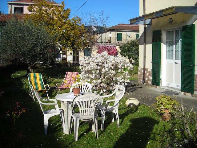 Nice&quiet apartment near 5 TERRE - Vezzano Ligure - Lägenhet