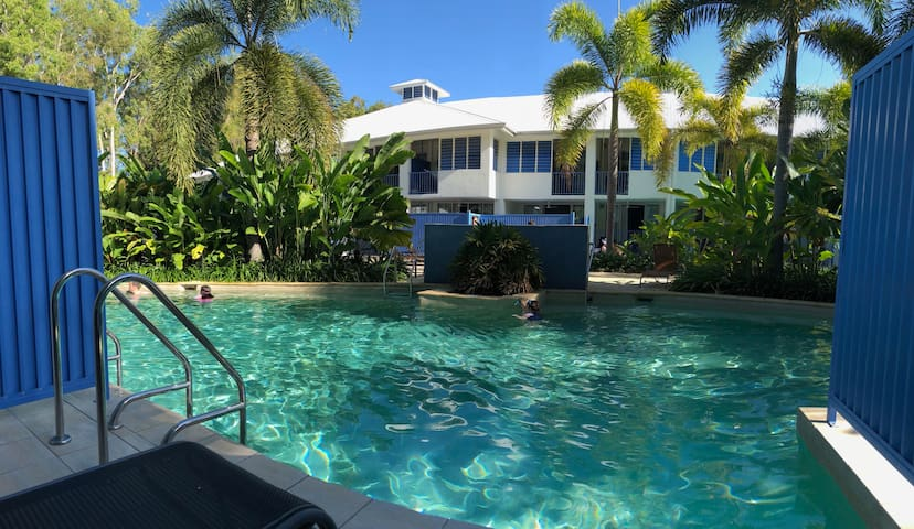 Lagoons Studio Swim out with Heated Pool