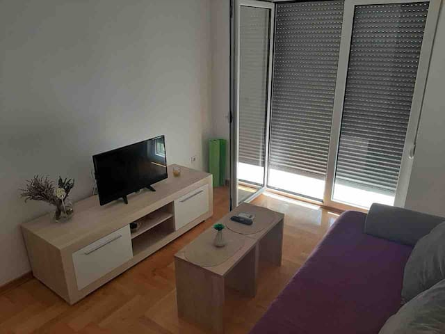 Spacious Brand New Apartment With Private Garage