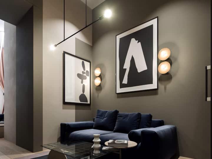 Author's studio on Shota Rustaveli (apartments)
