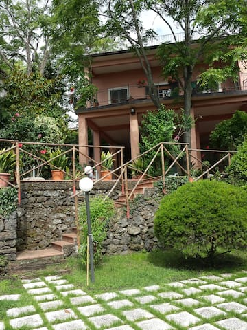 Private house in villa with private garden on Etna