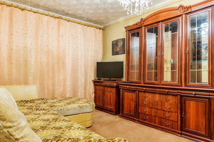 "Апартаменты ""Две Подушки"" на Б. Пищевиков 23"
