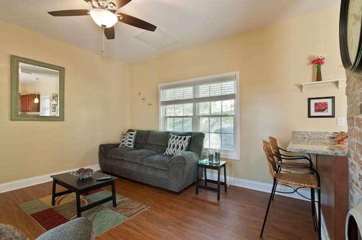 Delightful 2BR in historic St. Elmo - Chattanooga - Casa