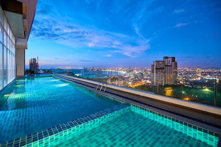 The Vision-TOP ROOF PANORAMIC POOL- sea view condo