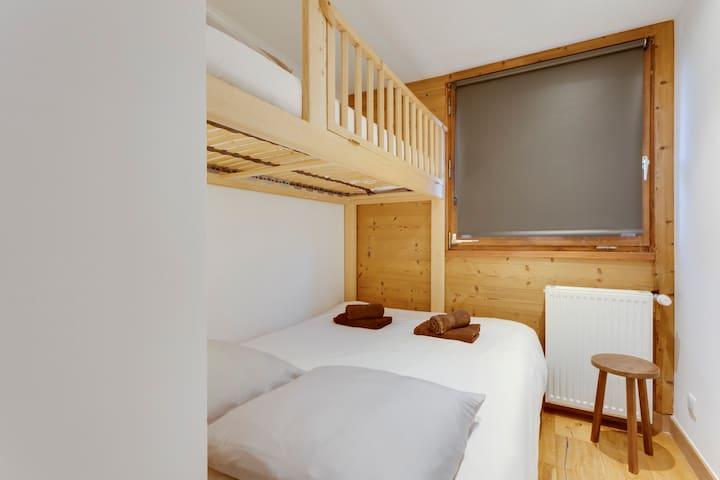 La Chambre 2, son grand lit et son lit 1 place