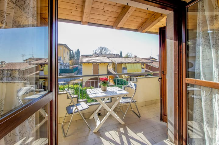 Family-friendly apartment with a balcony – Apartment 19 up