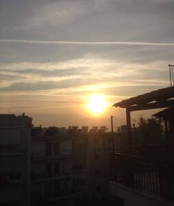 Sunny top floor loft in Athens! - Galatsi - 公寓