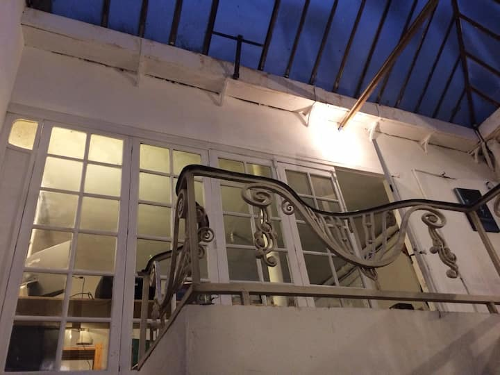 atelier -logement au coeur de Paris - 100m2