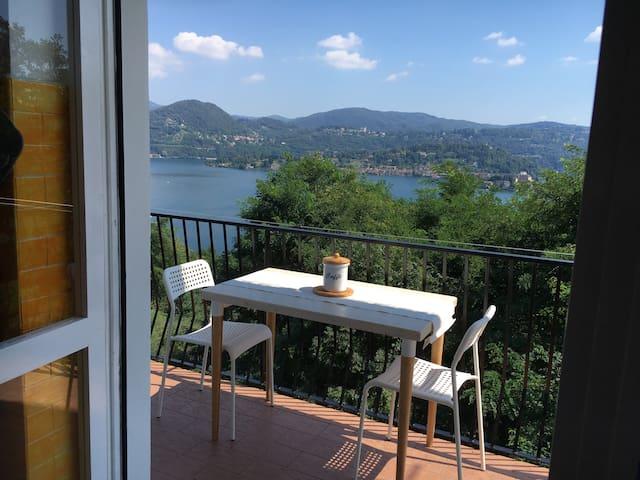 Luckylake -appartamento vista lago d'Orta - Alzo - Pis