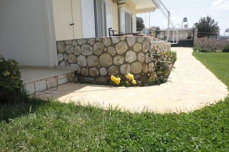 Holiday apartment in Ksamil Albania - Sarandë District - Lejlighed