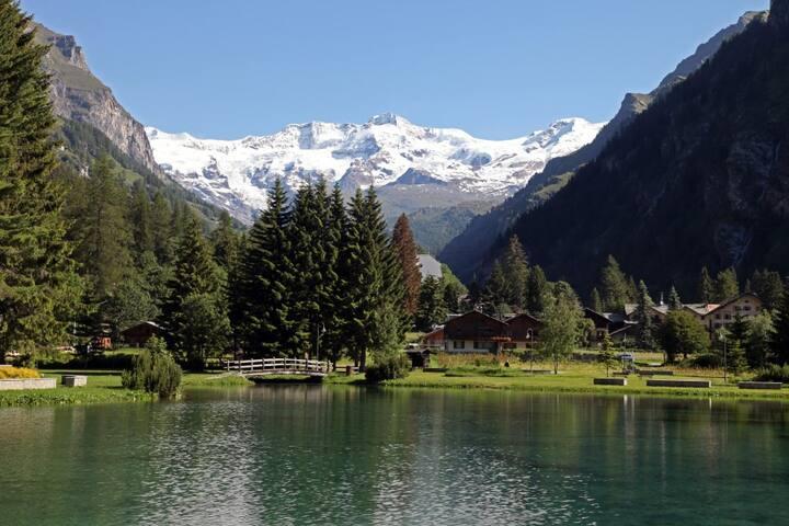 Quiet and comfortable apt @ Monterosa Ski compound