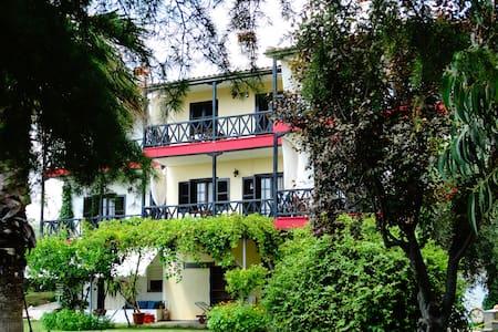 Summer private apartments Karpetis - Ψακούδια Ορμύλιας - Osakehuoneisto