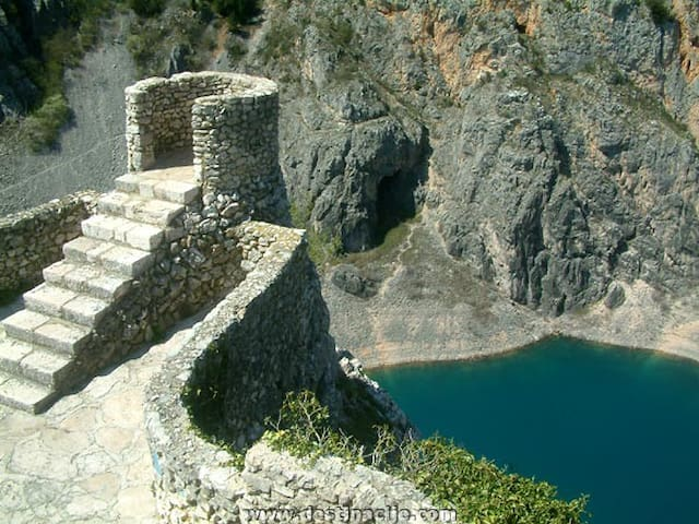 Imotski - 1h by car - we offer day trips and trabnsfers