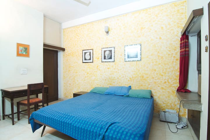 Nice room for two in South Delhi - Nové Dillí - Dům