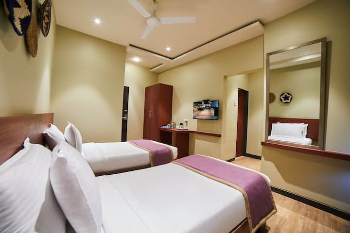 7 nights package deluxe twin room@Lonavala