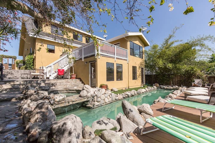 BEACH ENTERTAINER HM w/ POOL/JACUZZI & Views!
