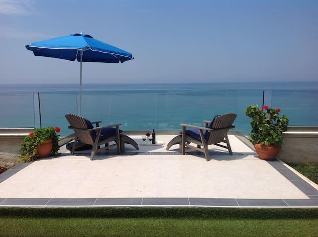 BEACH VILLA - Agios Georgios - Villa