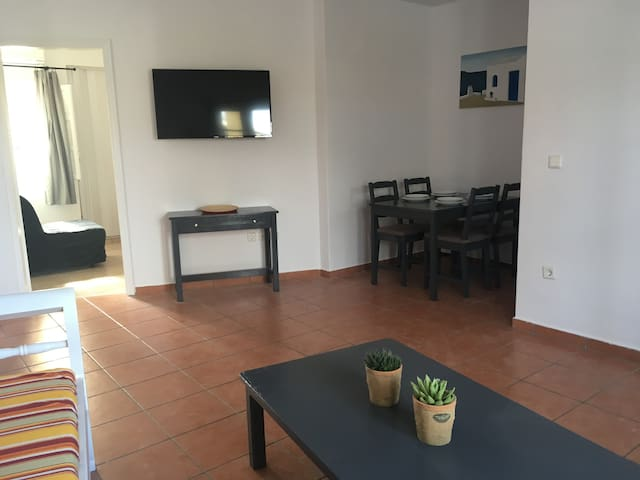 2 Bedroom apt very close to Oia's center.