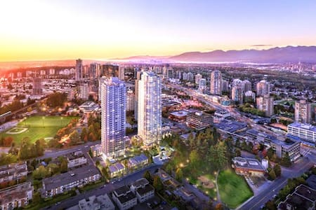 NEW 1 Bdrm Apartment at Metrotown