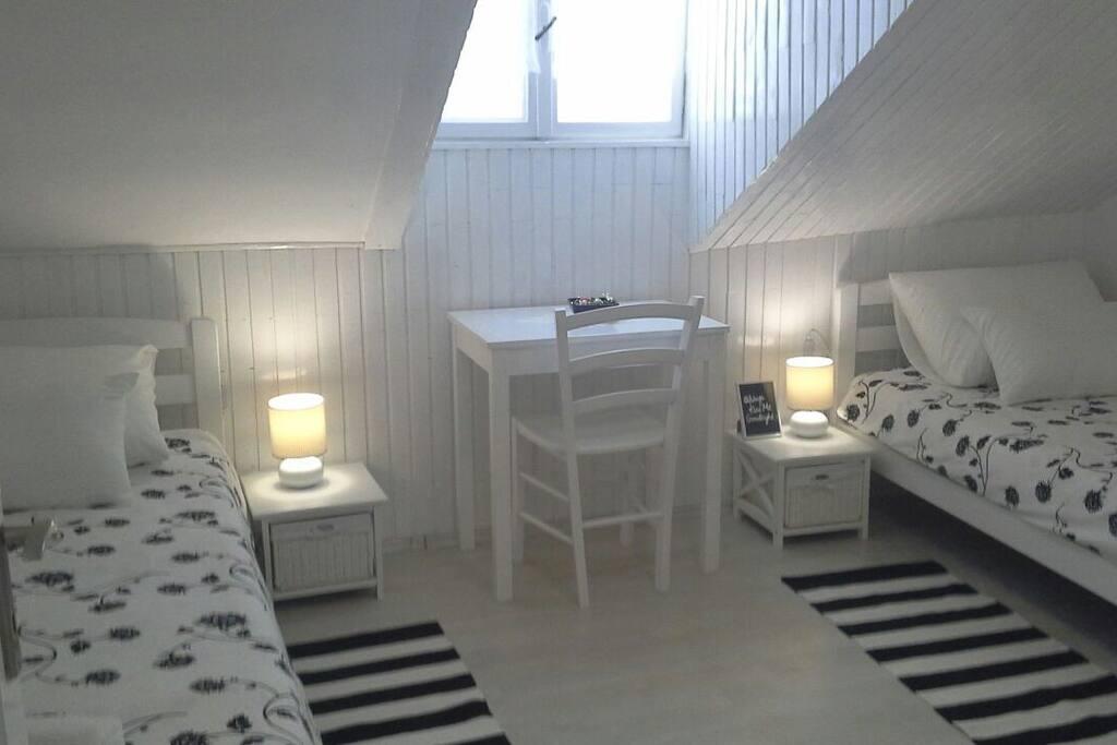 """C'est une adresse et un hôte que nous recommandons chaleureusemen""""Ghislaine                 Bed Size 200X90"""