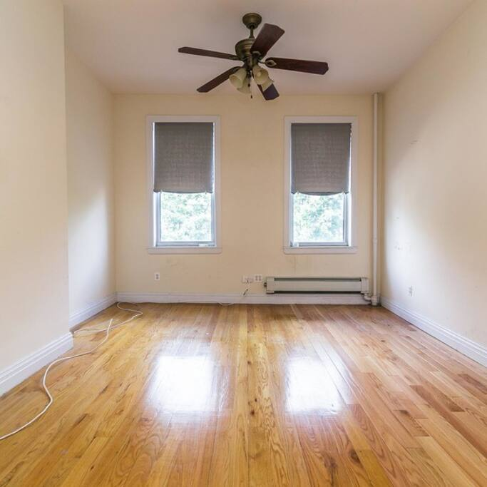 1 Bedroom In Prime Williamsburg Apartments For Rent In Brooklyn New York United States