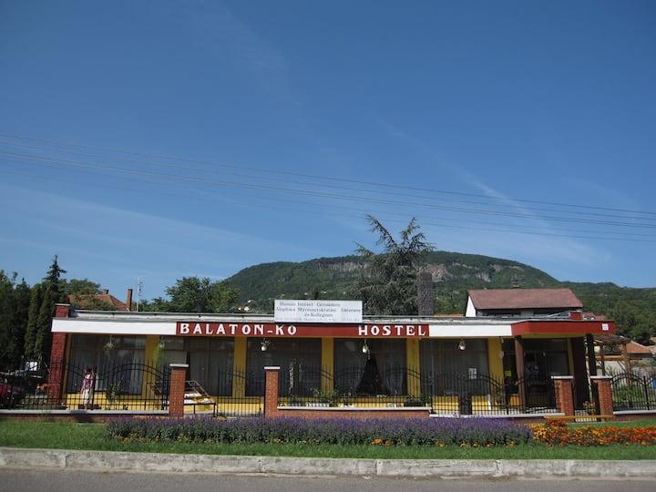 RETRO supermarket changed to hostel