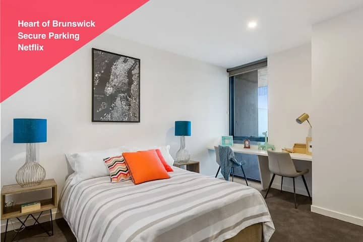 BRUNSWICK | Perfect Location with Homely Feel
