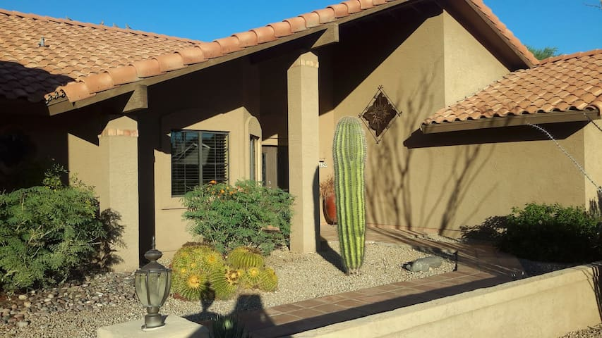 Beautiful 3 Bed/2 bath with Pool - Fountain Hills - Hus