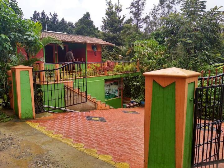 BHAGAVATHY BUDGET PLANTATION COTTAGES WITH BONFIRE