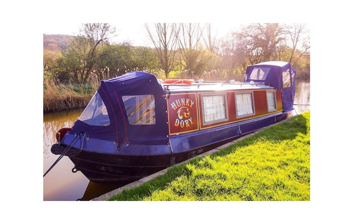 Hunky Dory - 32ft Luxury Boutique Narrowboat, Bath