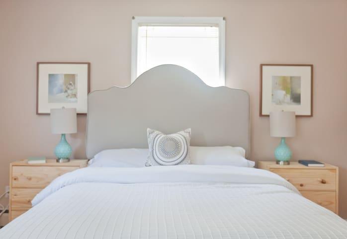 Master Bedroom in Downtown Glastonbury