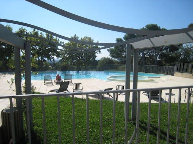 Appart Golf de Saumane - Saumane de Vaucluse - Apartamento