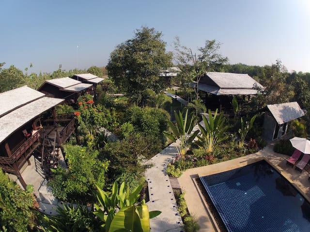 Teakwood Bungalow in countryside near Chiang Mai