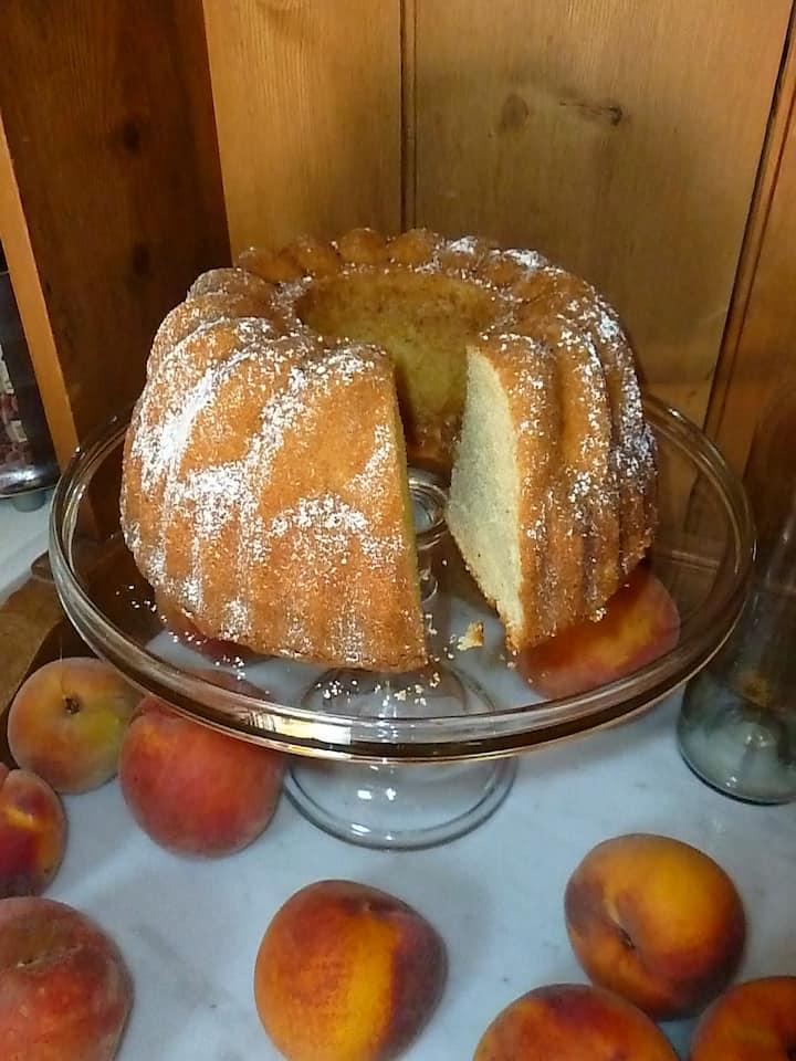 Cardamon Vanilla Pound Cake