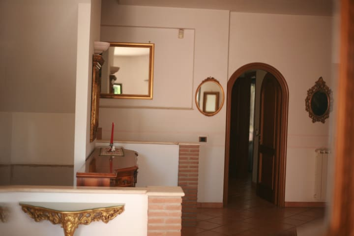 Just 5 min from sea and 10 to city - casal palocco - House