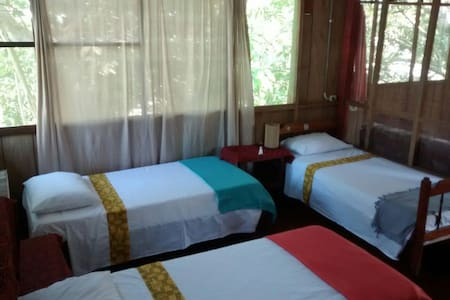 Iquitos Guest House - Iquitos - กระท่อม