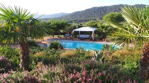 villa- piscine & appart chic