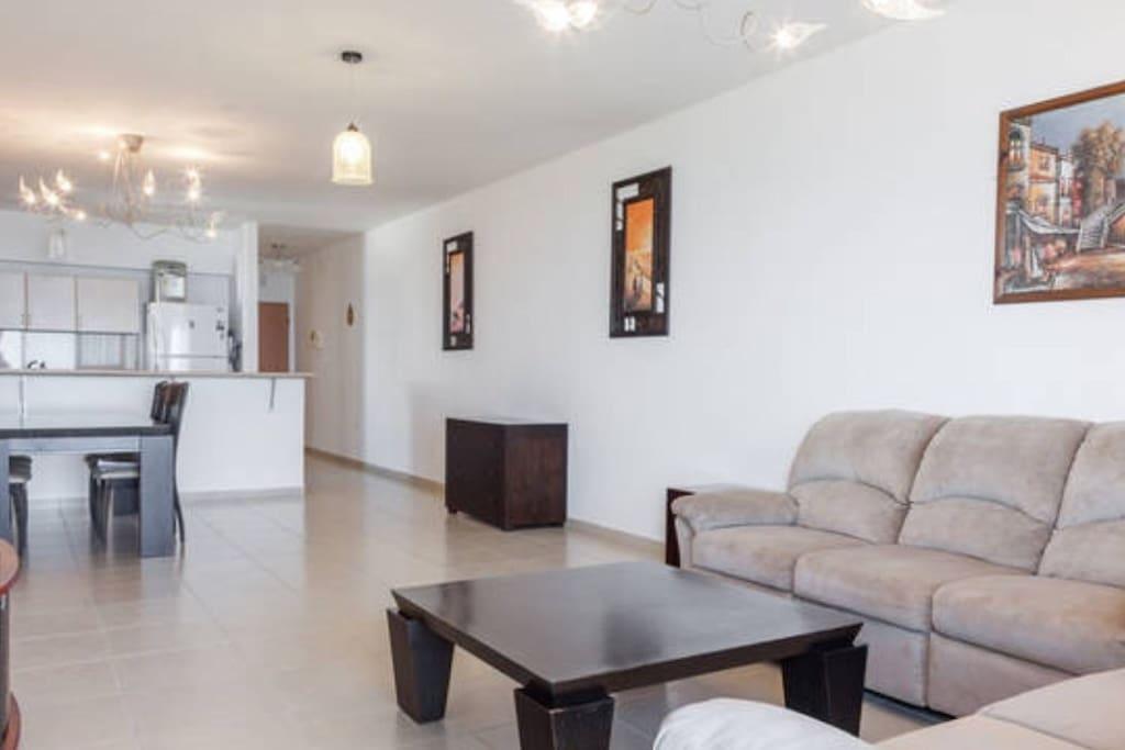 Appartement netanya 4 5p 140 m appartements en for Appartement israel netanya