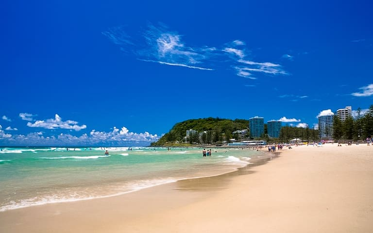 Beachfront Burleigh Beauty