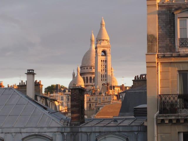 Vue Montmartre Place touristique
