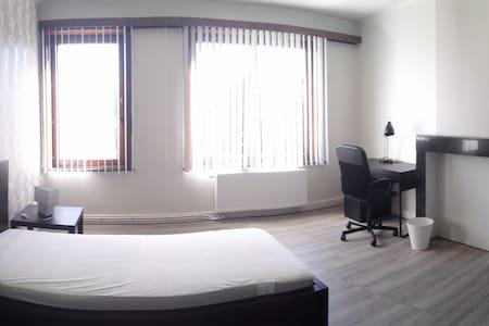 Charmante chambre 1 lit près du campus Erasme - Dilbeek
