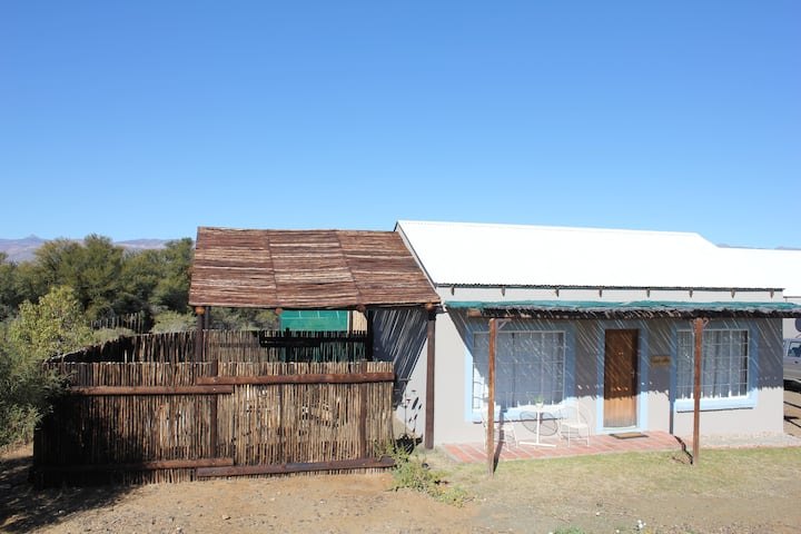 Wolvekraal Guest Farm - Spekboom cottage