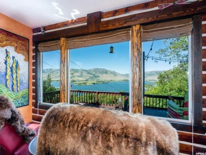 Gorgeous Cabin Overlooking Pineview Reservoir