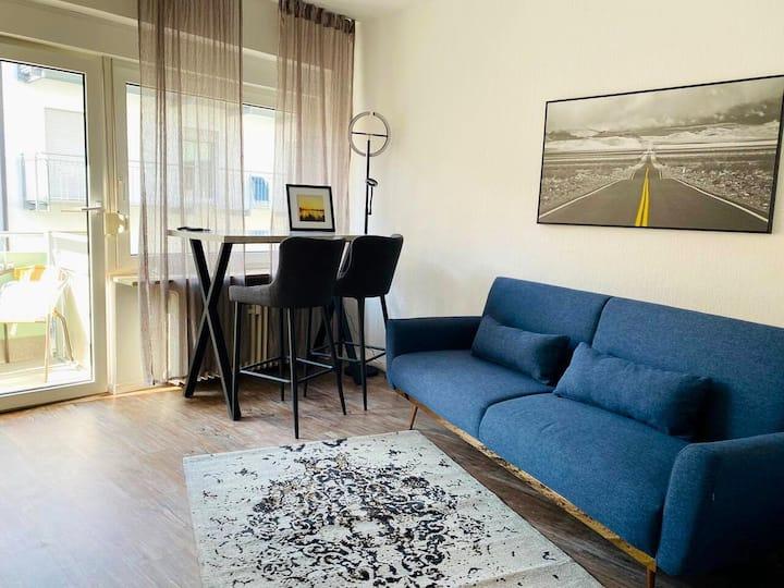 Apartment+Balkon / Home Office *Altstadt*