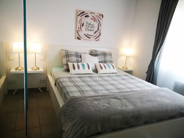 Super Cosy Apartment in Canet centre